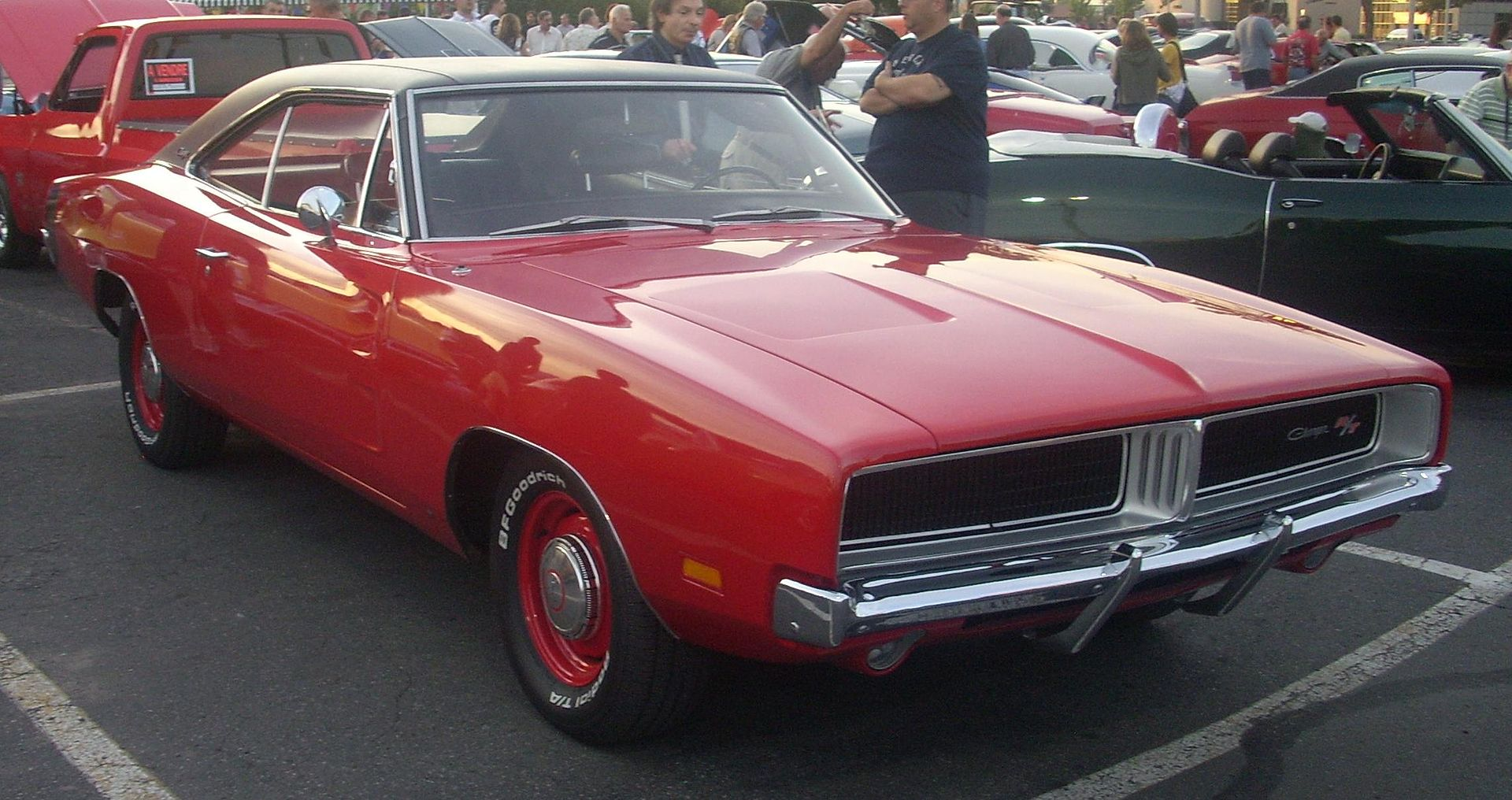Dodge_Charger_R-T_(Gibeau_Orange_Julep).JPG